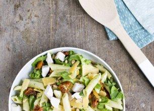 Andijvie met pasta en kip
